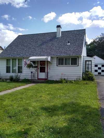 Albany Single Family Home For Sale: 12 Keeler Dr