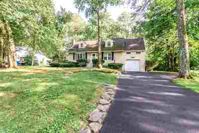 Niskayuna Single Family Home For Sale: 1904 Bentley Rd