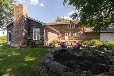 Voorheesville Single Family Home For Sale: 3212 New Scotland Rd