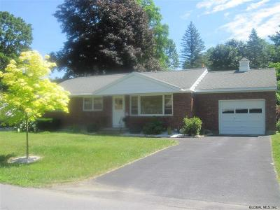 Saratoga Springs Single Family Home For Sale: 10 Crommelin Dr