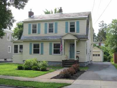 Glens Falls Single Family Home For Sale: 76 Grant Av