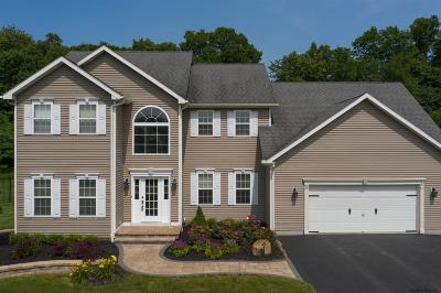 Wilton Single Family Home For Sale: 31 Apple Tree La