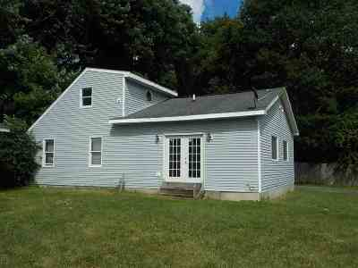 Schenectady Single Family Home For Sale: 240 Clement Av