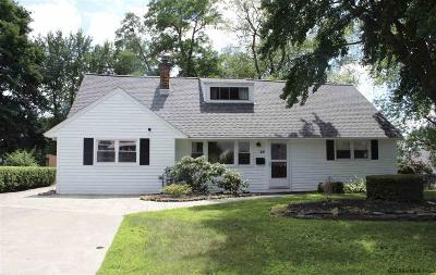 Colonie Single Family Home New: 20 Knob Hill Rd