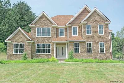 Guilderland Single Family Home New: 909 Sussex Ct