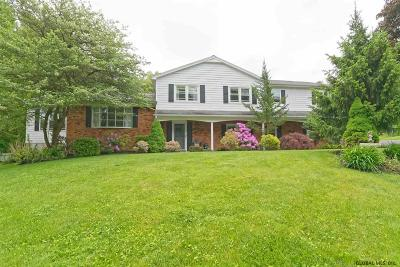 Colonie Single Family Home New: 4 Tulip Tree La