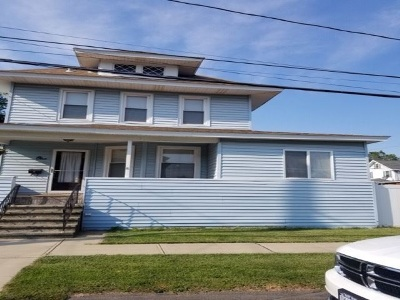 Colonie Single Family Home New: 1 Delaware Ct