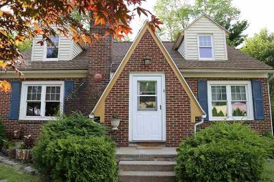 Guilderland Single Family Home For Sale: 4 Venezio Av