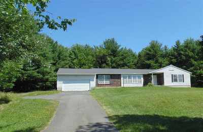 Guilderland Single Family Home For Sale: 5868 Ostrander Rd