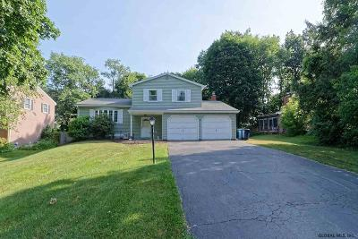 Niskayuna Single Family Home New: 77 Cascade Ter