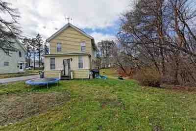 Rensselaer County Single Family Home New: 7 California Av