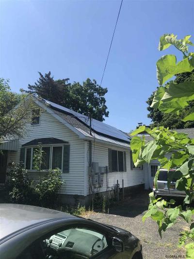 Schenectady County Single Family Home New: 2101 Hollywood Av