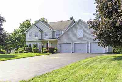 East Greenbush Single Family Home For Sale: 40 Thrush Ter