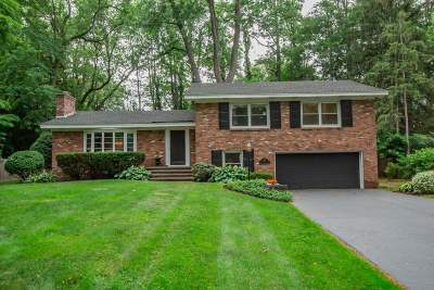 Colonie Single Family Home For Sale: 27 Cherry Tree Rd