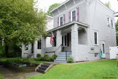 Albany Single Family Home For Sale: 1104 State St