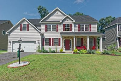 Clifton Park Single Family Home For Sale: 35 Heritage Pointe Dr