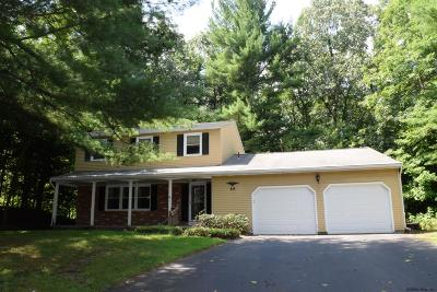 Clifton Park Single Family Home For Sale: 60 Huntwood Dr
