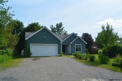 Essex County Single Family Home For Sale: 28 Highland St