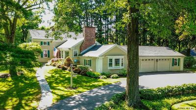 Niskayuna Single Family Home For Sale: 1916 East Countryclub Dr