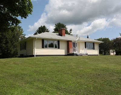 Rensselaer Single Family Home For Sale: 904 County Route 351