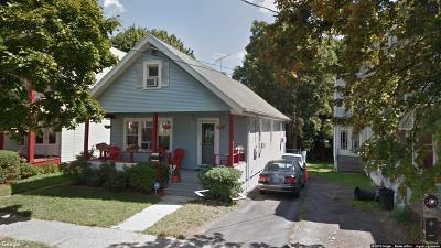 Albany Single Family Home For Sale: 7 Pennsylvania Av