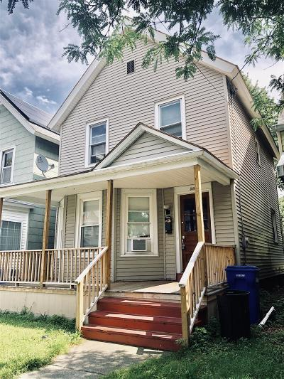 Albany Single Family Home For Sale: 28 Buchanan St