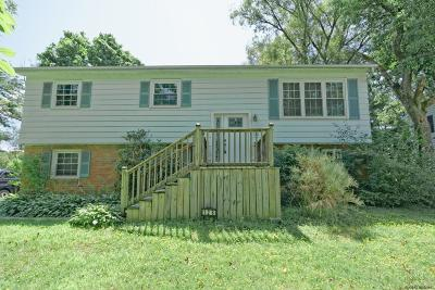 Voorheesville Single Family Home For Sale: 126 Bedford Ct