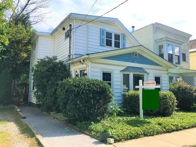 Rensselaer Single Family Home For Sale: 1038 4th St