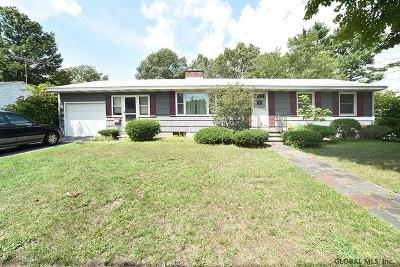 South Glens Falls Single Family Home For Sale: 7 Edgewood Dr