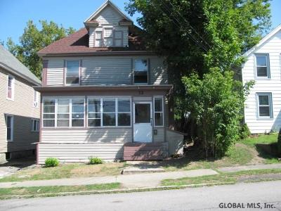 Gloversville Single Family Home For Sale: 32 James St