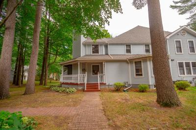 Saratoga Springs Single Family Home For Sale: 16 Vallera Rd