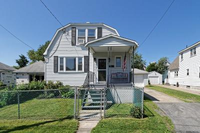 Cohoes Single Family Home For Sale: 106 Harvard St