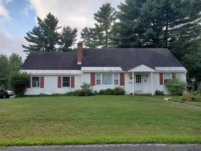 Queensbury Single Family Home New: 14 Lynnfield Dr