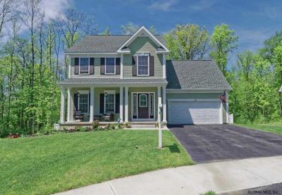 Saratoga County, Warren County Single Family Home New: 54 Katharine Ct