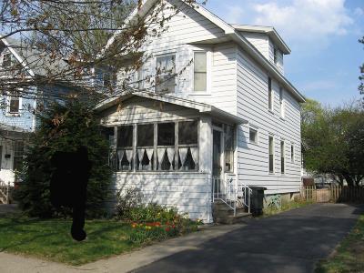 Albany Single Family Home For Sale: 56 Glendale Av