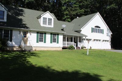 Rensselaer County Single Family Home For Sale: 30 Taborton Rd
