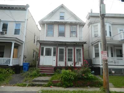 Albany Single Family Home For Sale: 12 Hurlbut St
