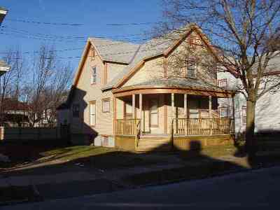 Single Family Home Sold: 117 Forest St