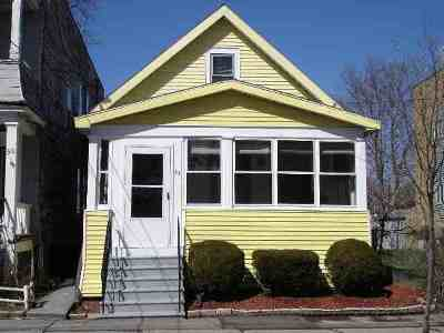 Single Family Home Sold: 32 Slingerland St