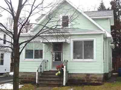 Single Family Home Sold: 33 Garfield Av