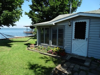 Single Family Home For Sale: 8506 Lower Lake Rd.