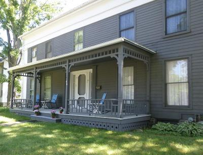 Dundee Single Family Home For Sale: 46 Main St