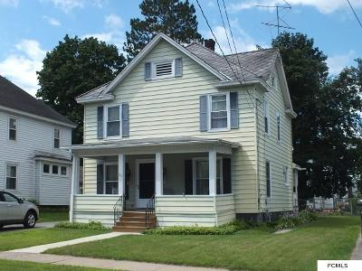 Gloversville NY Single Family Home For Sale: $72,000