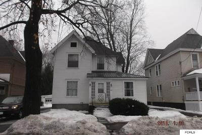 Gloversville NY Single Family Home For Sale: $40,000