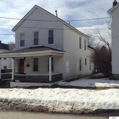 Johnstown Single Family Home For Sale: 419 Fon Clair St