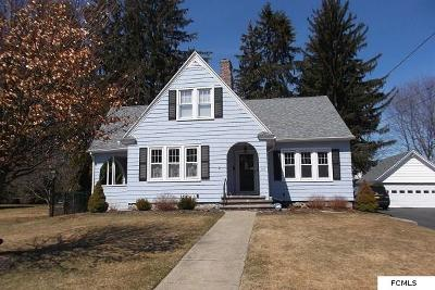 Gloversville NY Single Family Home For Sale: $148,900