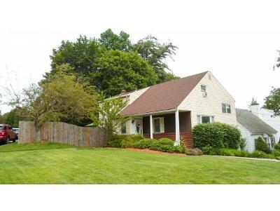 Broome County, Cayuga County, Chenango County, Cortland County, Delaware County, Tioga County, Tompkins County Single Family Home For Sale: 40 Allendale Road