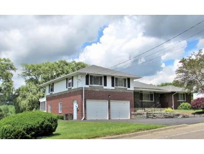 Broome County, Chenango County, Cortland County, Tioga County, Tompkins County Single Family Home For Sale: 961 Taft Avenue