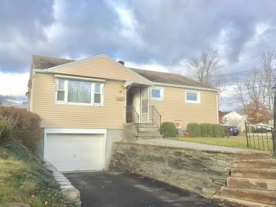 Single Family Home For Sale: 721 Stonefield Rd.
