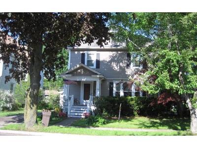 Binghamton NY Single Family Home For Sale: $142,000